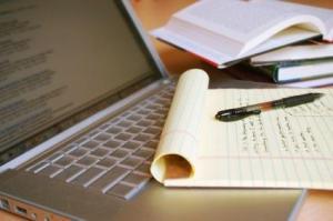 32118-425x282-Academic_writing
